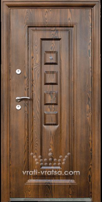 Блиндирана входна врата модел 802